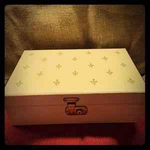 ***RARE*** Vintage Cheney Of England Jewelry Box